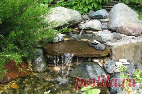 Искусственный декоративный домашний водопад на даче: как сделать пруд с водопадом на участке в саду и во дворе из дикого камня, схема без насоса - 18 фото