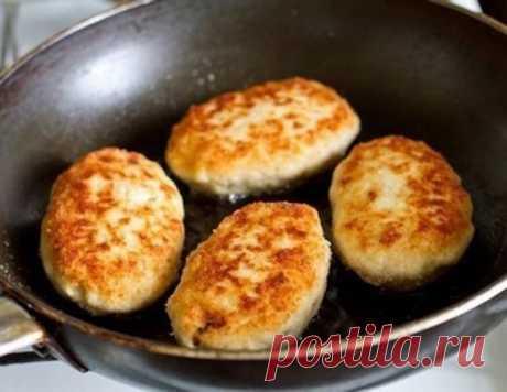 Накормим весь мир! Куриные котлеты с грибами и сыром