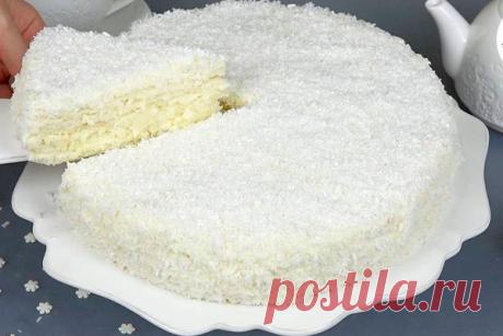 Белоснежный торт «Снежинка» Нежнейший белоснежный тортик на новогодний стол. Никого не оставит равнодушным! Простейший рецепт и безумно вкусный результат!