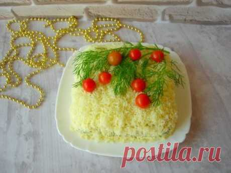 Новогодний салат с кальмарами - простой и вкусный рецепт с пошаговыми фото
