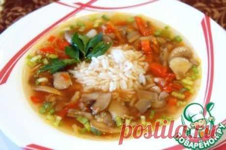 """Постный томатный суп с шампиньонами =Ингредиенты для """"Постный томатный суп с шампиньонами"""": Шампиньоны(замороженные, нарезанные) — 500 г Морковь(1 небольшая) — 70 г Сельдерей корневой— 50 г Картофель— 250 г Перец болгарский(небольшие) — 2 шт Томаты в собственном соку— 1 упак. Бульон(овощной или вода) — 2 л Рис(вареный) — 2 стак. Черемша(для подачи) Лук зеленый(для подачи)"""
