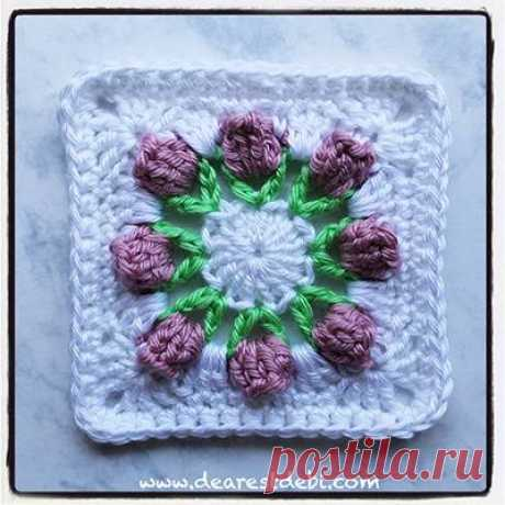 Flower Bud Granny Square - Dearest Debi Patterns Flower Bud Granny Square - Dearest Debi Patterns - A small 4.5 inch granny square with 3D flower bud. Use any worsted weight yarn or scraps.