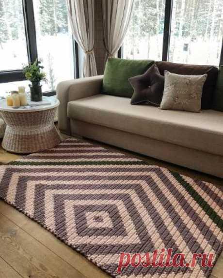 Вдохновение: современные интерьерные ковры, связанные крючком