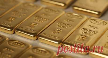 Золотой запас РФ впервые в истории превысил $100 млрд.