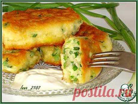 Оладьи на кефире с зеленым луком - кулинарный рецепт