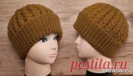 Красивая объёмная шапка спицами узором колос