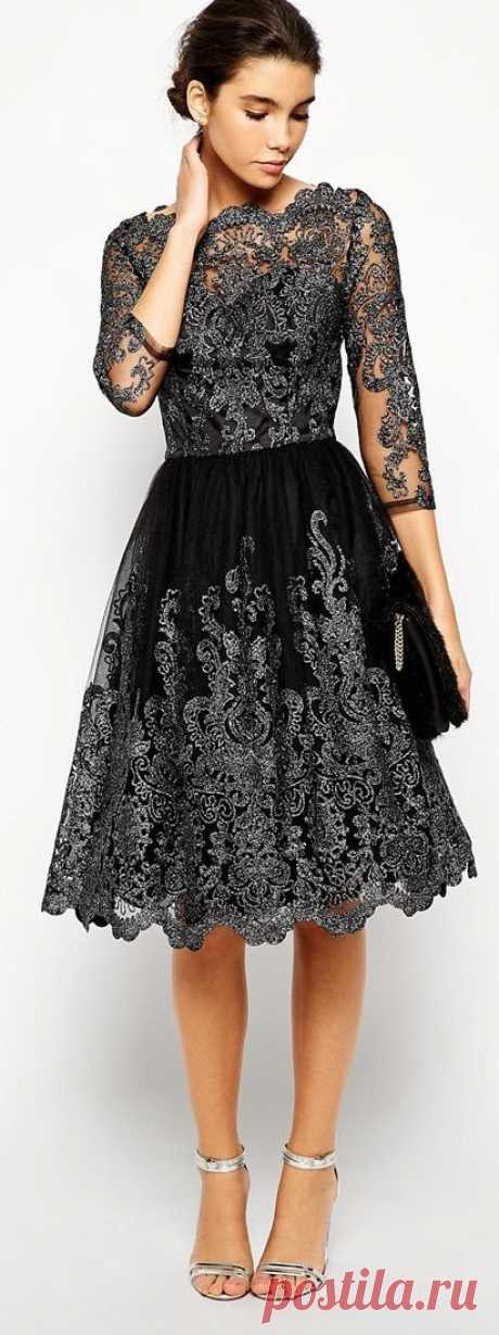 I love the lace detail on this dress, it's so elegant! <3   Dress me!!