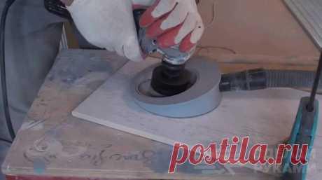 Простой пылеотвод для сверления керамической плитки При сверлении керамической плитки коронкой образуется много пыли. Для того чтобы сделать процесс сверления максимально комфортным, автор предлагает