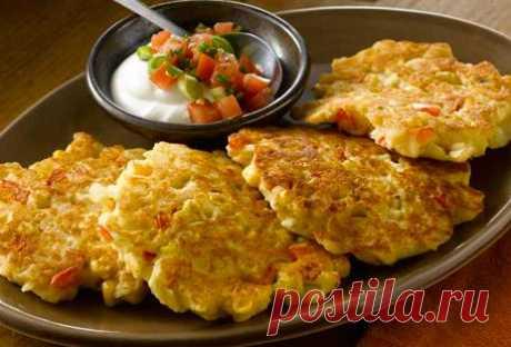 Картофельные оладьи «Саус-Вест» со сметанной сальсой