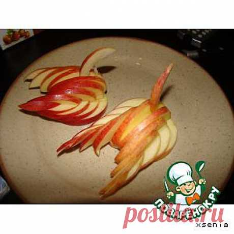 """Украшение """"Лебедь"""" из яблока - кулинарный рецепт"""