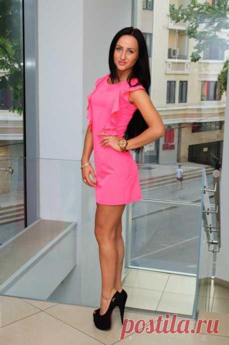 В НАЛИЧИИ! платье 1300руб. размер S M цвет лимонное и малиновое