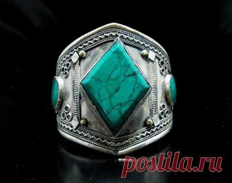 Vintage Kuchi Tribal Green Turquoise Stone Cuff Bracelet,Turkmen Afghan Ethnic Jewelry,Antique,Gothic,German Silver,Handmade   Flickr - Photo Sharing!