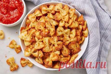 Чипсы из макарон В последнее время в разных социальных сетях начал набирать популярность рецепт чипсов... Читай дальше на сайте. Жми подробнее ➡