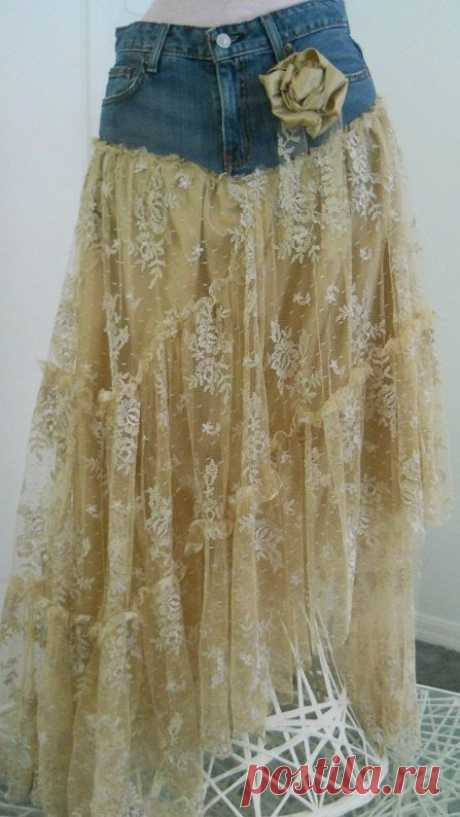 Belle Bohémienne exquisite vintage beige lace funky frou frou Renaissance Denim…