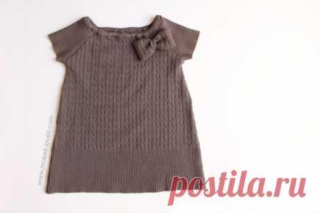 Переделки: Теплое платьице из маминого свитера — Делаем руками