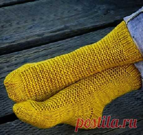 Вязаные спицами носки RYE для всей семьи
