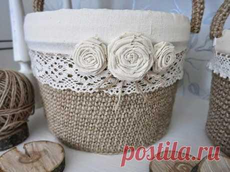 Jute baskets from plastic buckets