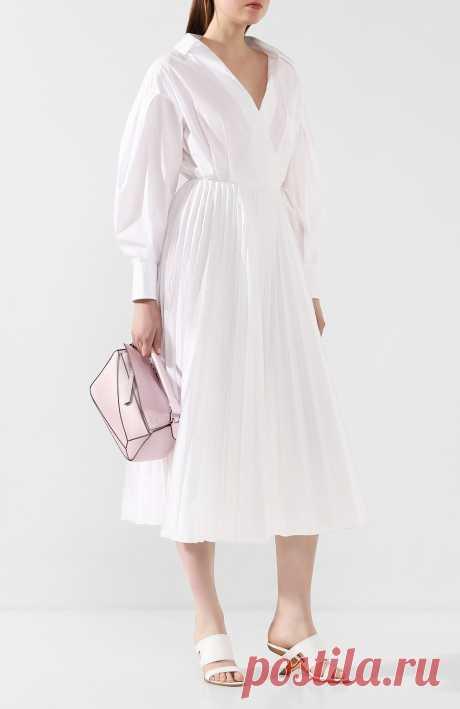 Женские белые кожаные мюли ALEXANDER MCQUEEN — купить за 68000 руб. в интернет-магазине ЦУМ, арт. 621840/WHXZ7