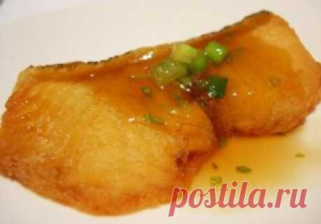 Рыба запеченная под оригинальным лимонным соусом.