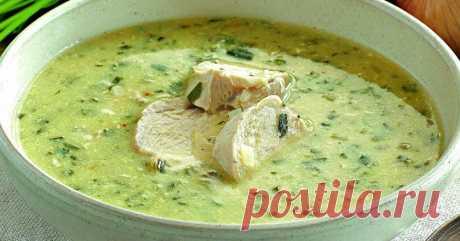 Грузинский куриный суп чихиртма: хочется готовить на первое каждый день!                                Чихиртма — это густой грузинский суп, который чаще  всего готовят из домашней птицы или из баранины. Иногда чихиртму  загущивают мукой и обязательно добавляют в нее яйца…