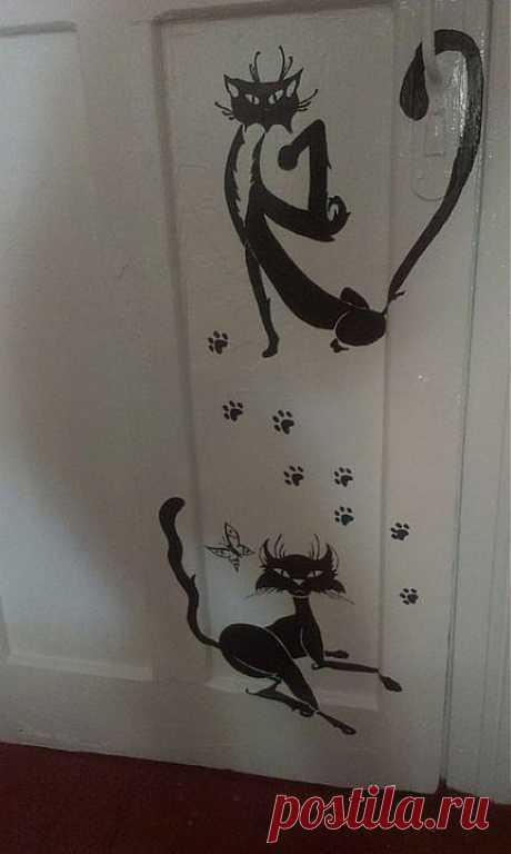 Кошки на дверях в детской...   СДЕЛАЙ САМ!