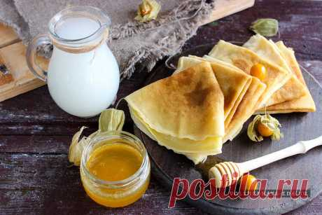 Тонкие блины на сыворотке                              Блины на сыворотке тонкие и эластичные, в них можно заворачивать всевозможные начинки (мясо, творог и т. д.) или поливать мёдом …