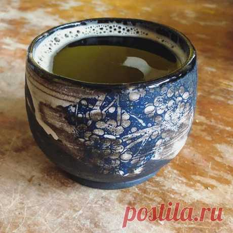 Such a beautiful tea cup from kitty, decorated with our sanbao ceramic decal! @themuddyyogi  #ceramicdecal #teacup #tea #handmade