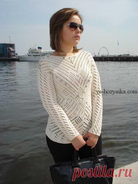 Пуловер интересным узором спицами. Стильный ажурный пуловер спицами схемы и описание