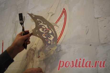 Процесс работы над росписью стены Фактура в рисунке. Как создавалась роспись стен с применением декоративной штукатурки.
