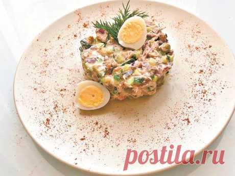 Рецепт дня: Салат с тунцом Этот чрезвычайно простой и питательный салат будет уместен как на праздничном столе, так и в качестве быстрого перекуса