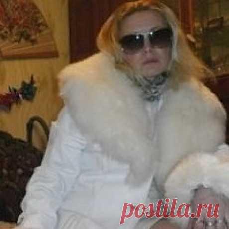 Мая Титаренко