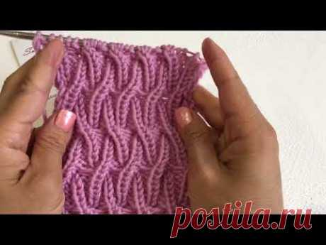 Knit in a circle and rotating rows pattern dancing