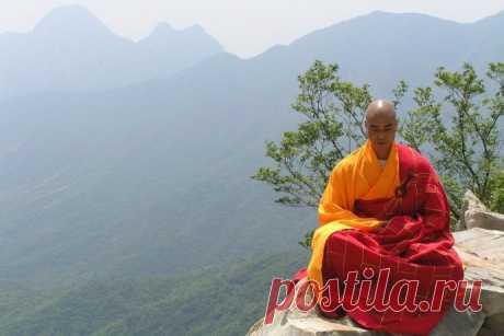Утренняя гимнастика Тибетских лам: заряд бодрости и здоровья на весь день