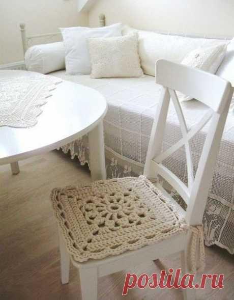 Симпатичная сидушка для стула/табурета