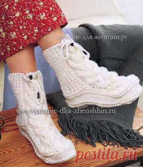 Socks with braids knitting by spokes