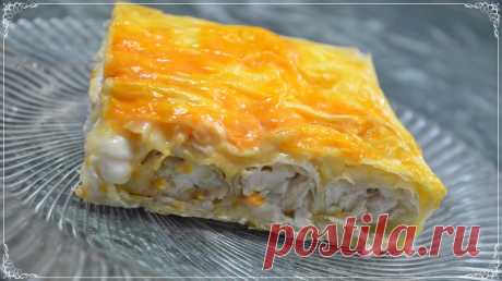 Divinely tasty chicken fillet pie Believe: it is really very tasty and simplest recipe of pie, with a chicken and processed cheese stuffing. It is worth trying it only once – and you will prepare postoyanno:...
