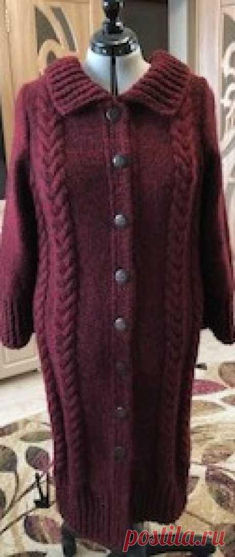 Меланжевое пальто Пальто связано из пряжи Марго ворсовая, 300 м в 100 граммах. Спицы № 5, расход пряжи чуть больше килограмма.