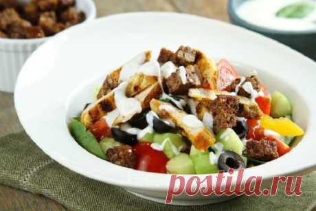 Вкусный салат с куриным филе и огурцами – пошаговый рецепт с фото.