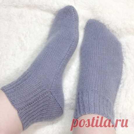 Тонкие шерстяные носочки на двух спицах без шва. | Ровная петелька | Яндекс Дзен