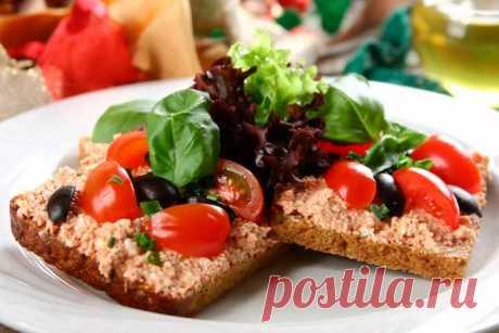 Простые бутерброды с творогом и помидорами – пошаговый рецепт с фото.