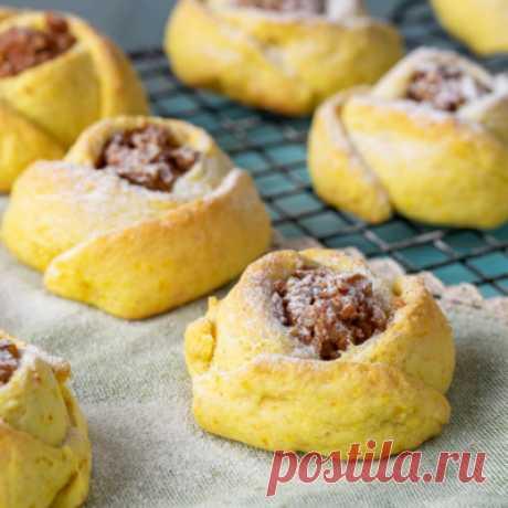 Видеорецепт: печенье с яблочно-ореховой начинкой