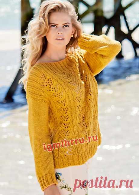 Желтый хлопковый пуловер с ажурным узором и «косами». Вязание спицами со схемами и описанием