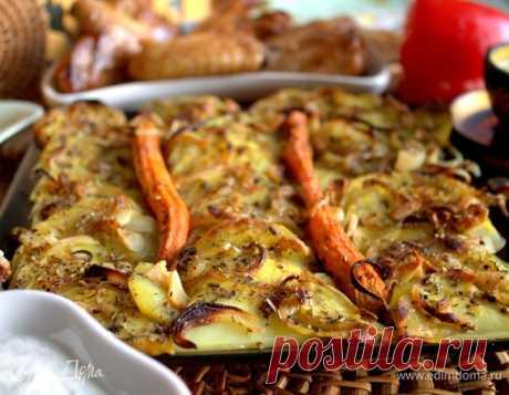Картофель в духовке с пряностями, рецепт с ингредиентами: картофель, морковь, лук репчатый