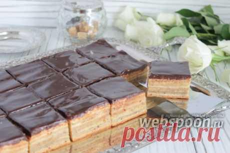 Печенье в шокладной глазури  Можно убавить количество ингредиентов вдвое и сделать в виде торта.  Ещё есть рецепт c марципаном, но не у всех есть возможность его купить. Есть рецепт без миндаля.