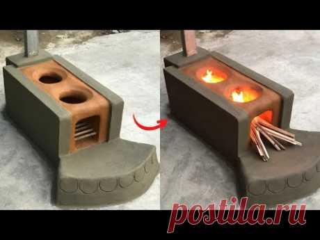 Дровяная печь из глины и цемента.
