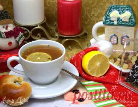 Чай с кокосом. Ингредиенты: кокосовая стружка, чай черный, лимоны
