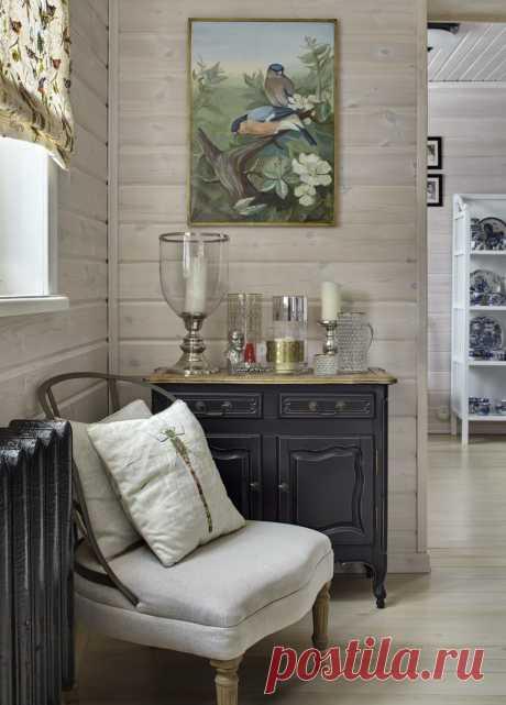 Фото интерьера входной зоны небольшого дома в стиле фьюжн