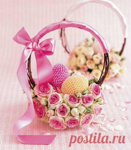 Easter basket. Just charm!