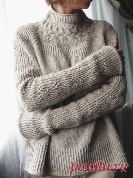 Свитер JUNKO OKAMOTO Вязаный спицами свитер JUNKO OKAMOTO. Описание