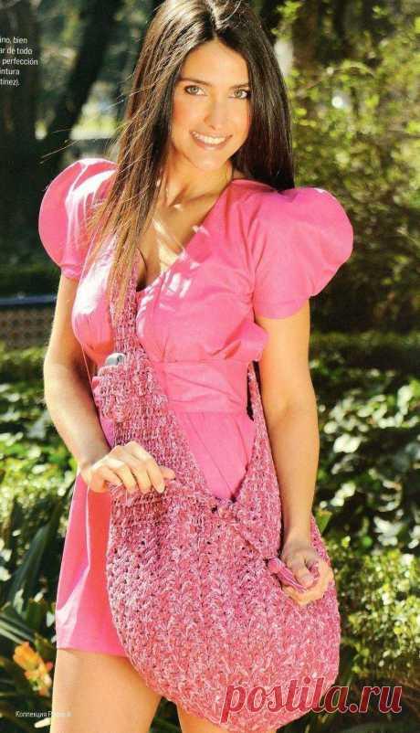Розовая ажурная сумка связанная крючком схема - Вязанные сумки